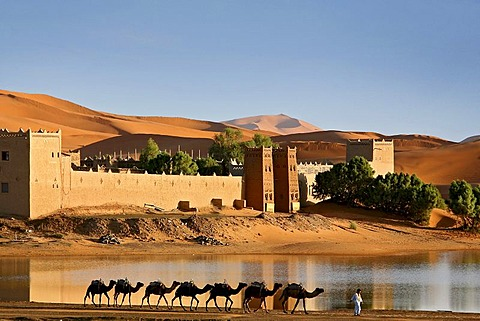 Marrakech desert tours 5 days via Merzouga